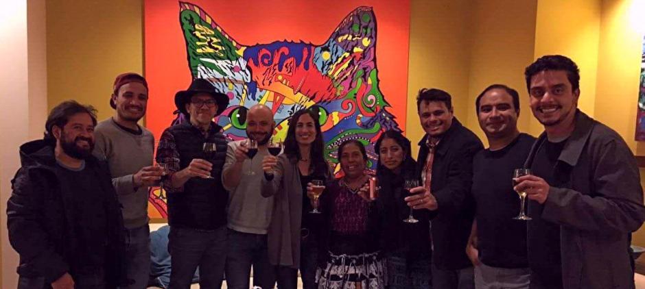 Los guatemaltecos, incluyendo el jurado nacional, representan orgullosamente al país. (Foto: Premios Platino)