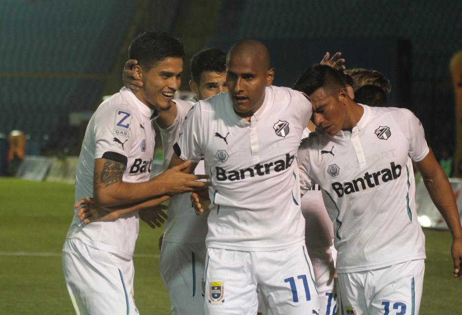 David Izazola abrió el marcador. (Foto: Luis Barrios/Soy502)