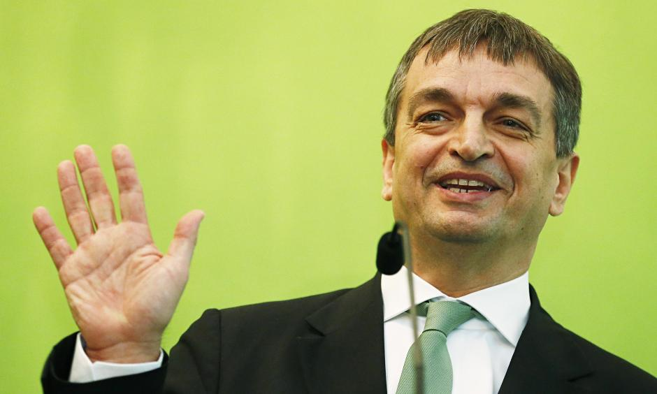 El diplomático francés propone modificar el orden mundial del fútbol. (Foto: theguardian.com)