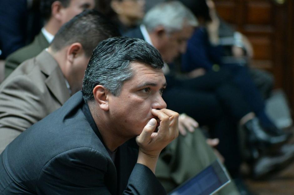 El exsecretario privado de la presidencia Gustavo Martínez, durante la argumentación del juez Gálvez. (Foto: Wilder López/Soy502)