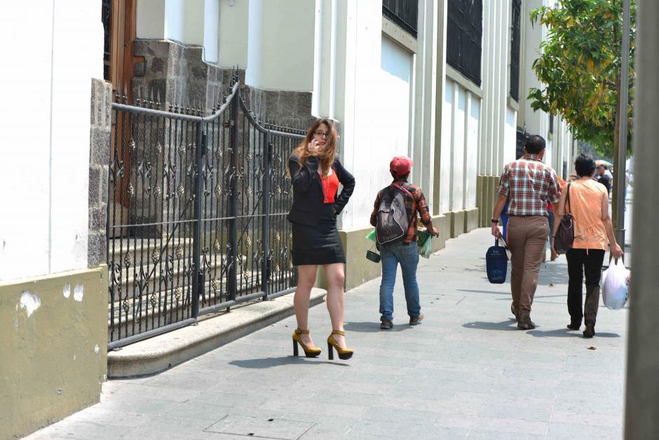 Las faldas cortas están prohibidas a partir de este viernes. (Foto: Jesús Alfonso/Soy502)