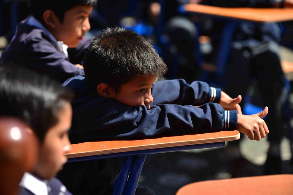 La escuela se ubica en la zona 5 y es únicamente de varones. (Foto: Jesús Alfonso/Soy502)