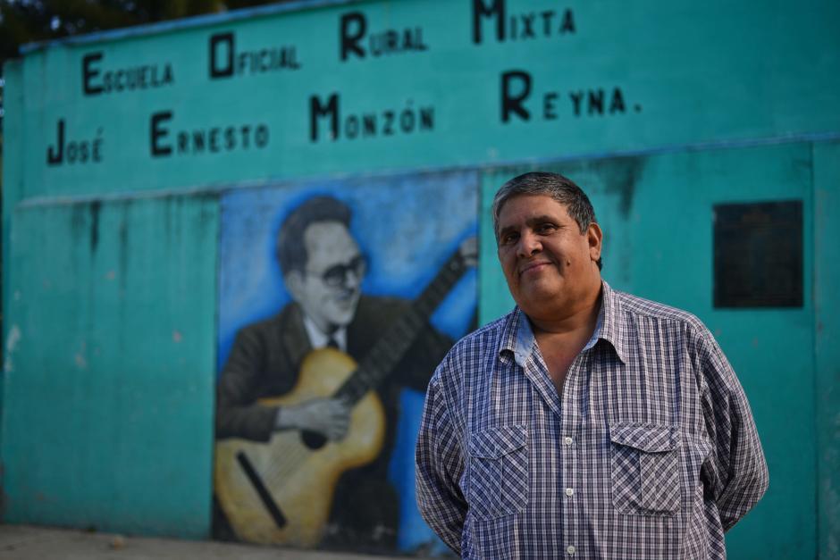 """La escuela lleva el nombre del compositor guatemalteco autor de """"La Sanjuanerita"""", himno de San Juan Sacatepéquez. (Foto: Jesús Alfonso/Soy502)"""