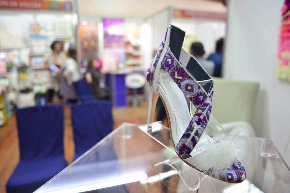 La moda guatemalteca viene pisando fuerte. (Foto: Jesús Alfonso/Soy502)