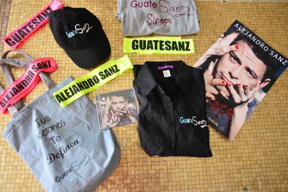 Las integrantes del fans club recibieron un kit especial para el evento. (Foto: Jesús Alfonso/Soy502)