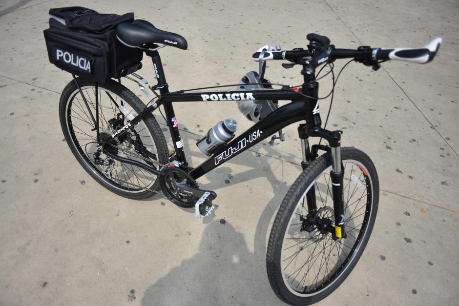 Las bicicletas son el modelo Police Patrol 27.5 de la marca Fuji. (Foto: Jesús Alfonso/Soy502)