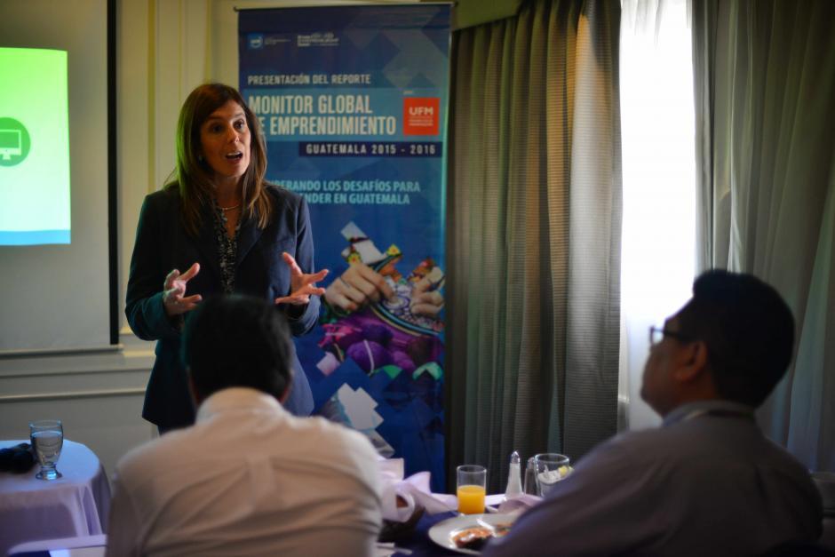 Mónica de Zelaya, líder del Reporte de Emprendimiento, explica que si el emprendimiento es bueno el dinero llegará. (Foto: Archivo/Soy502)