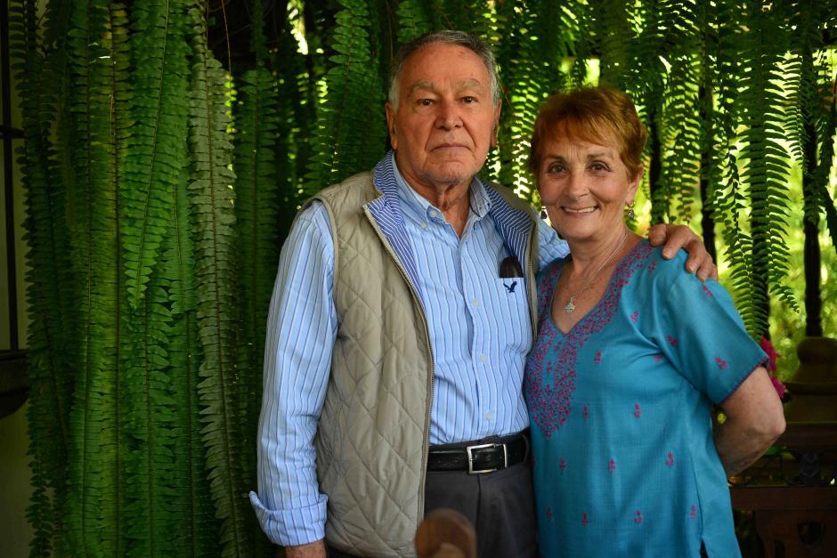 Alex vive junto a su esposo Otto, con quien tiene 49 años de casados. (Foto: Jesús Alfonso/Soy502)