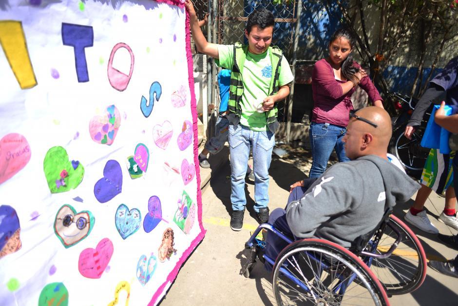 Con el nuevo reto de subir el volcán Tacaná, JC espera donar 600 bolsas de útiles escolares.(Foto: Jesús Alfonso/Soy502)