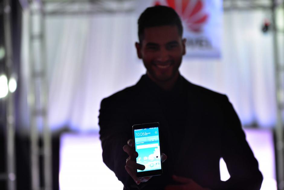 Los nuevos dispositivos de Huawei están diseñados con glamour. (Foto: Jesús Alfonso/Soy502)