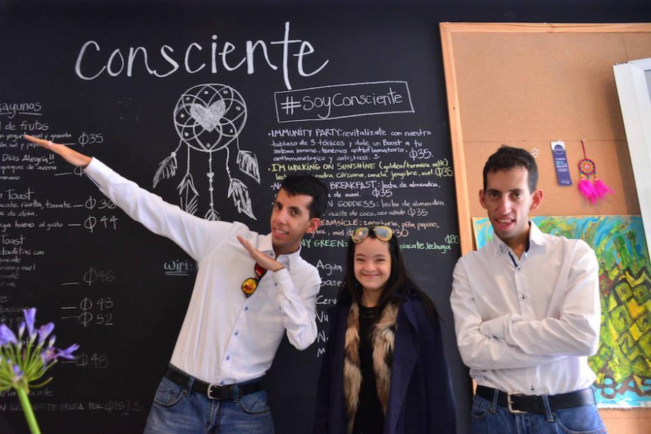 Actualmente siete jóvenes trabajan en el proyecto de Café Consciente y buscan inspirar a que las empresas contraten personas con capacidades diversas. (Foto: Jesús Alfonso/Soy502)