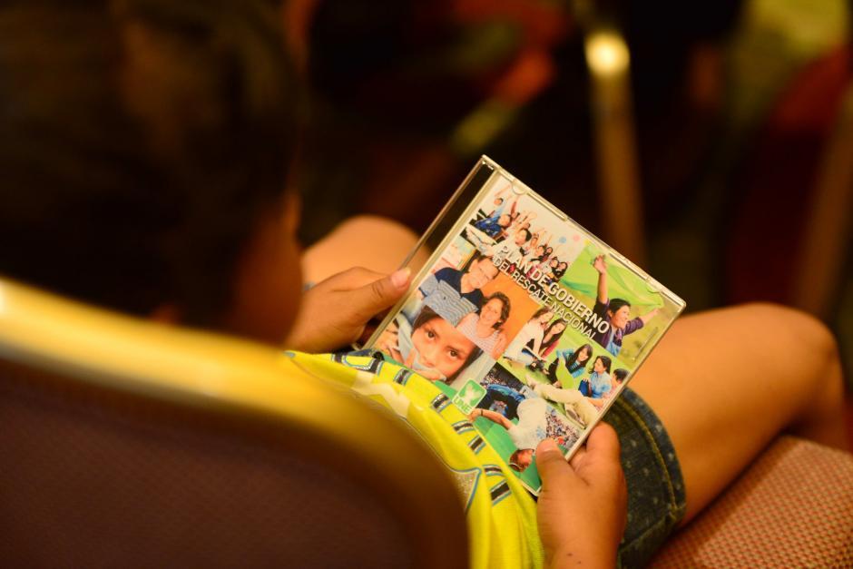 Entre las propuestas más destacadas, la UNE incluye oportunidades educativas y laborales a los más jóvenes. (Foto: Jesús Alfonso/Soy502)