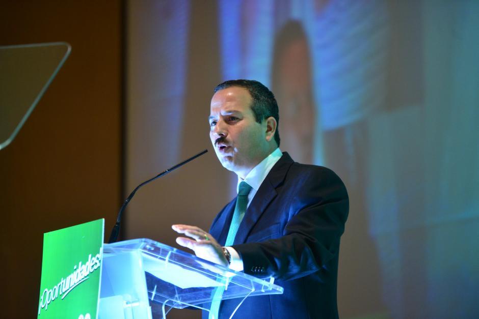 El candidato a la vicepresidencia fue el encargado de abrir el acto. (Foto: Jesús Alfonso/Soy502)