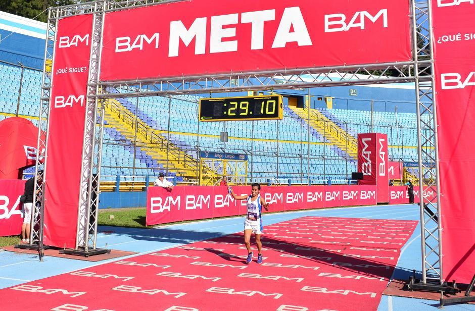Merlin Chalí fue la ganadora en la rama femenina. (Foto: Jesús Alfonso/Soy502)