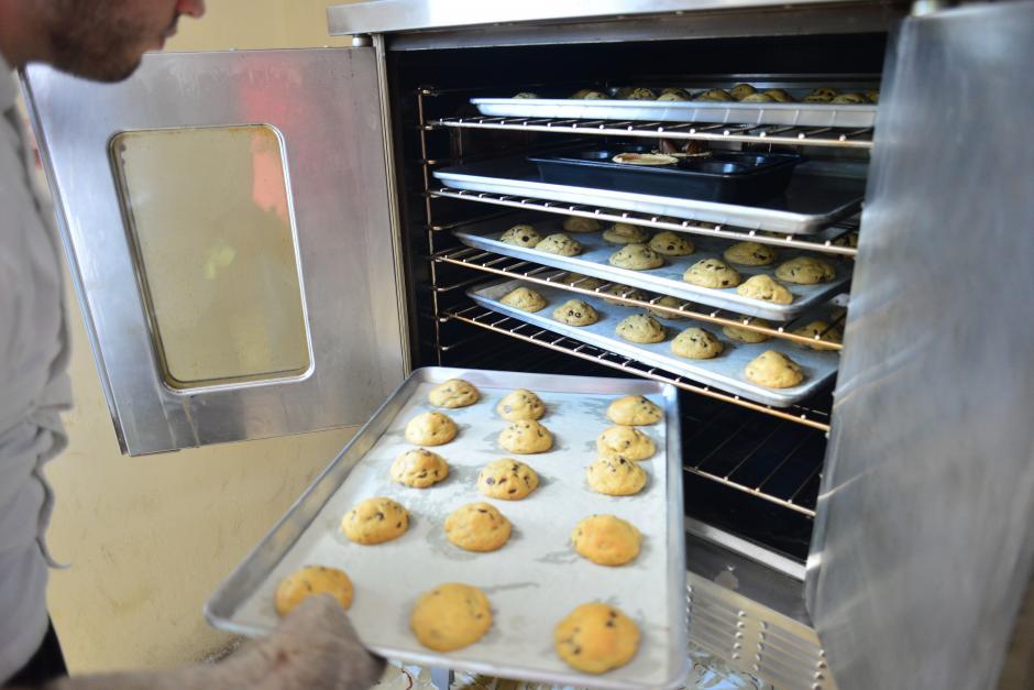 Las galletas chocochip son lo mejor de Wunderkeks y son horneadas todos los días. (Foto: Jesús Alfonso/Soy502)