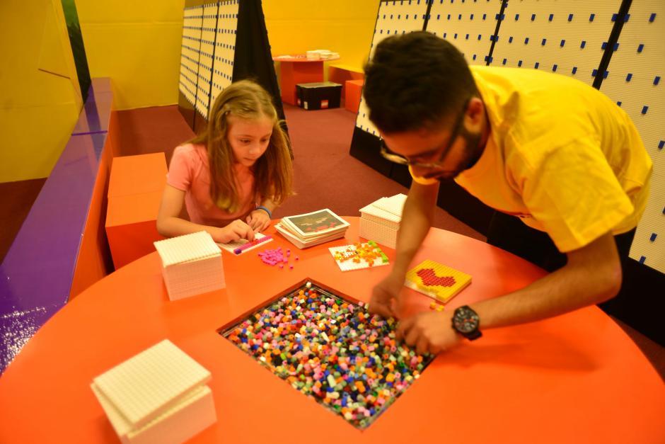 La Zona de Actividades LEGO llega a Oakland Mall. (Foto: Jesús Alfonso/Soy502)