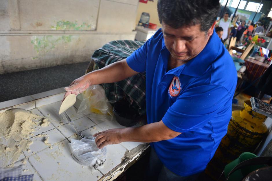 Todo inició por una enfermedad que lo obligó a renunciar de su trabajo. (Foto: Jesús Alfonso/Soy502)