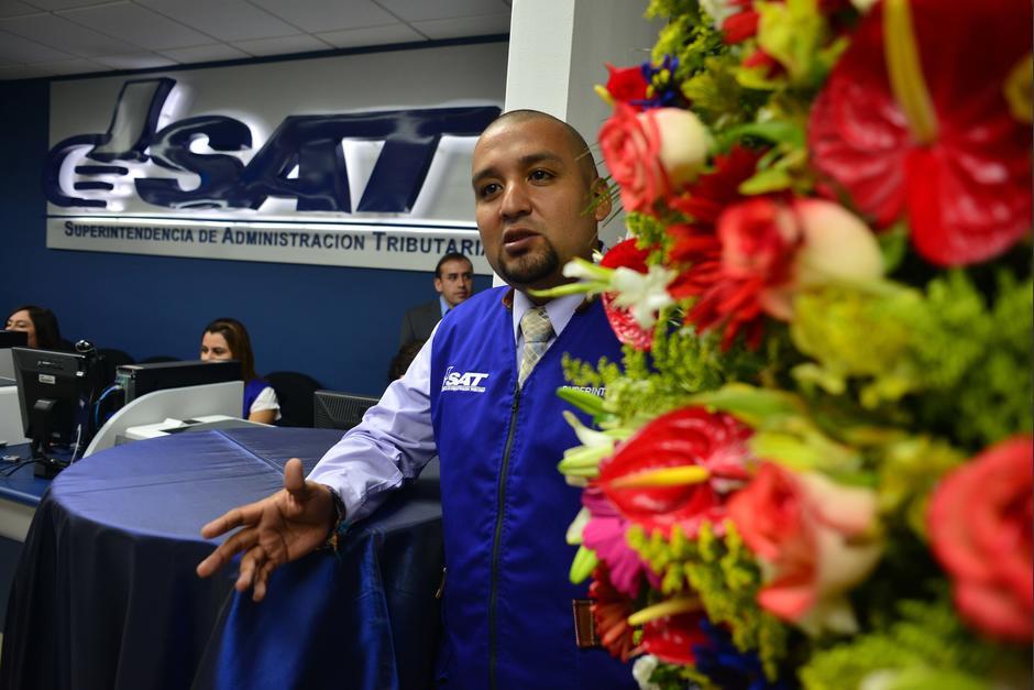 El superintendente Solórzano Foppa acudió a la inauguración. (Foto: Jesús Alfonso/Soy502)