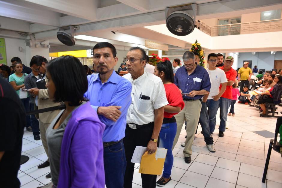Todavía faltan más de 360 mil solicitudes pendientes de atender. (Foto: Jesús Alfonso/Soy502)