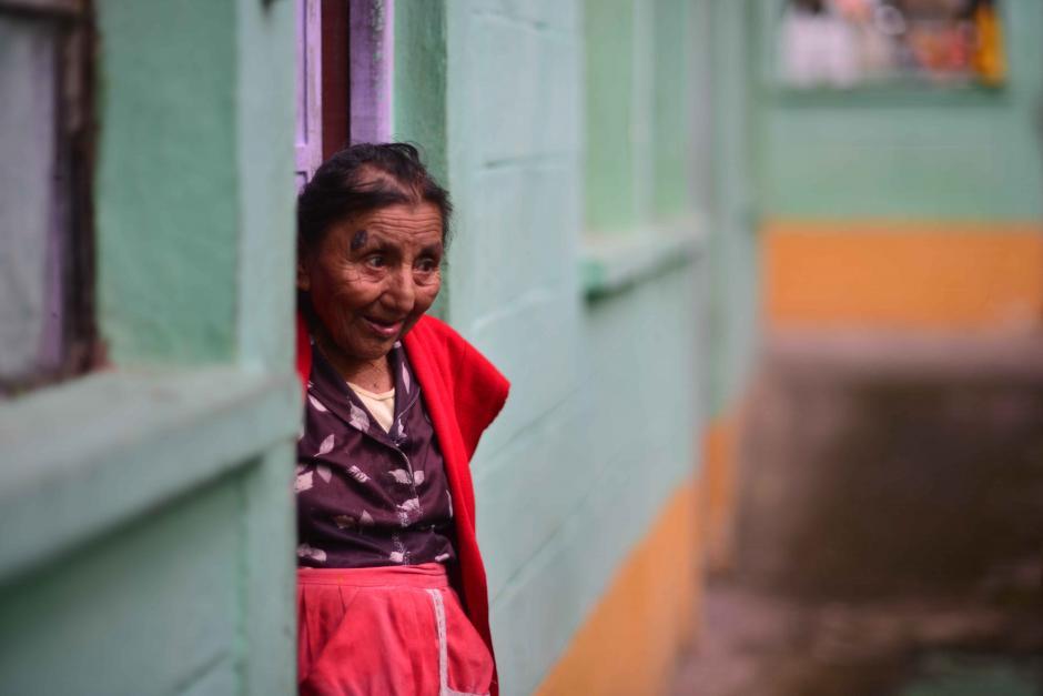 En ocasiones reciben ayudas de jóvenes e iglesias. (Foto: Jesús Alfonso/Soy502)