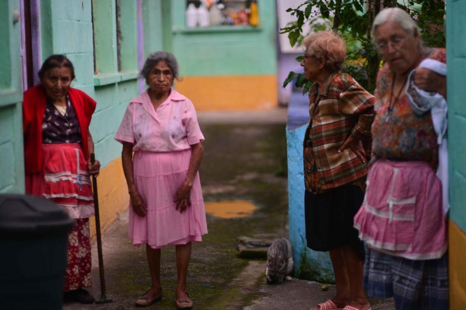 Según la información, Jimmy Morales ha donado 25 mil quetzales a un asilo de la colonia Sakerti. (Foto: Jesús Alfonso/Soy502)