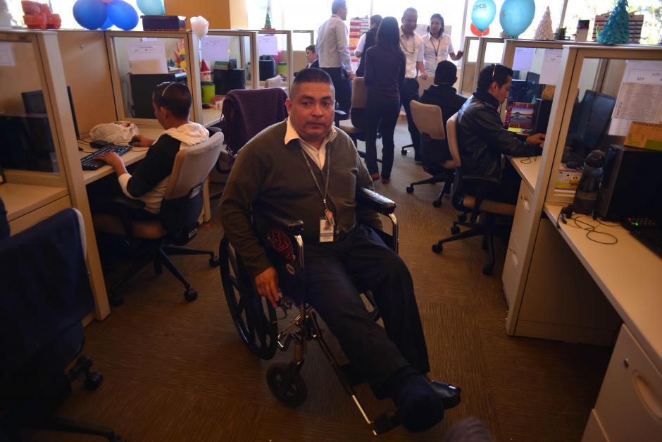 Hay empleados con discapacidades físicas. (Foto: Jesús Alfonso/Soy502)