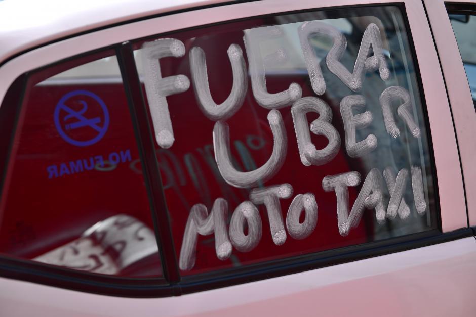 También hubo quejas contra Uber. (Foto: Jesús Alfonso/Soy502)