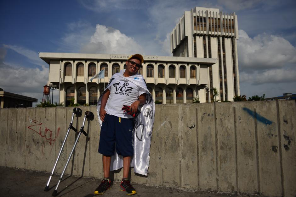 Óscar Felipe Farfán encabezó el movimiento que tenía como fin la Torre de Tribunales. (Foto: Jesús Alfonso/Soy502)
