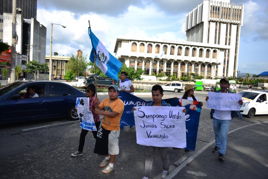 Desde el CSJ, los caminantes se unieron a la marcha pacífica del Parque Central.(Foto: Jesús Alfonso/Soy502)