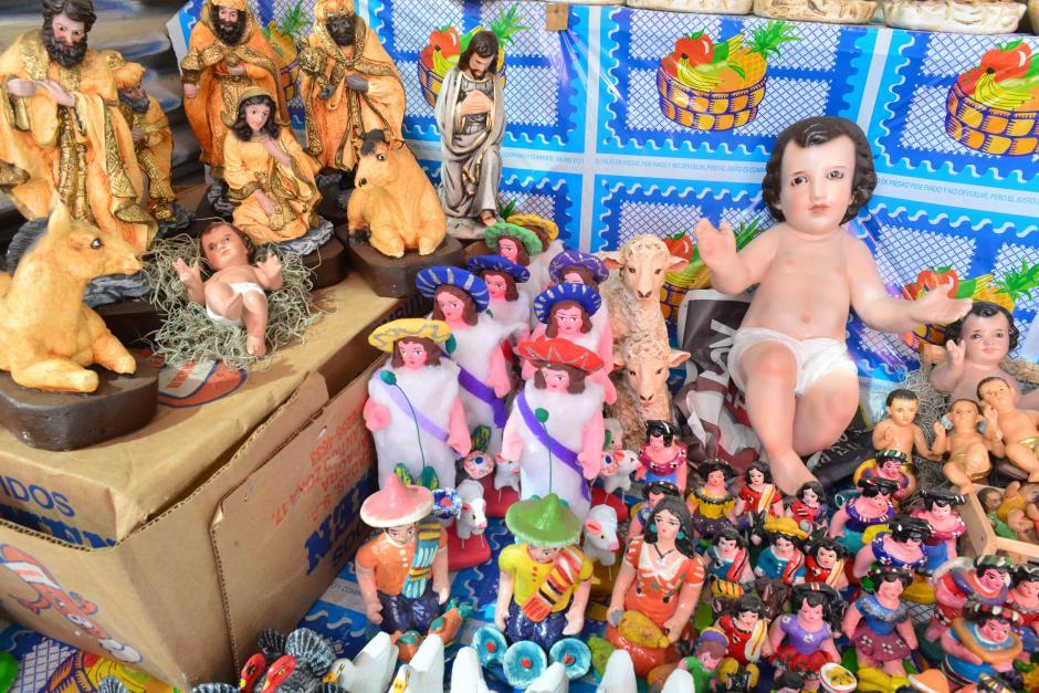 En Soy502 visitamos las ventas navideñas en los campos del Roosevelt. (Foto: Jesús Alfonso/Soy502)
