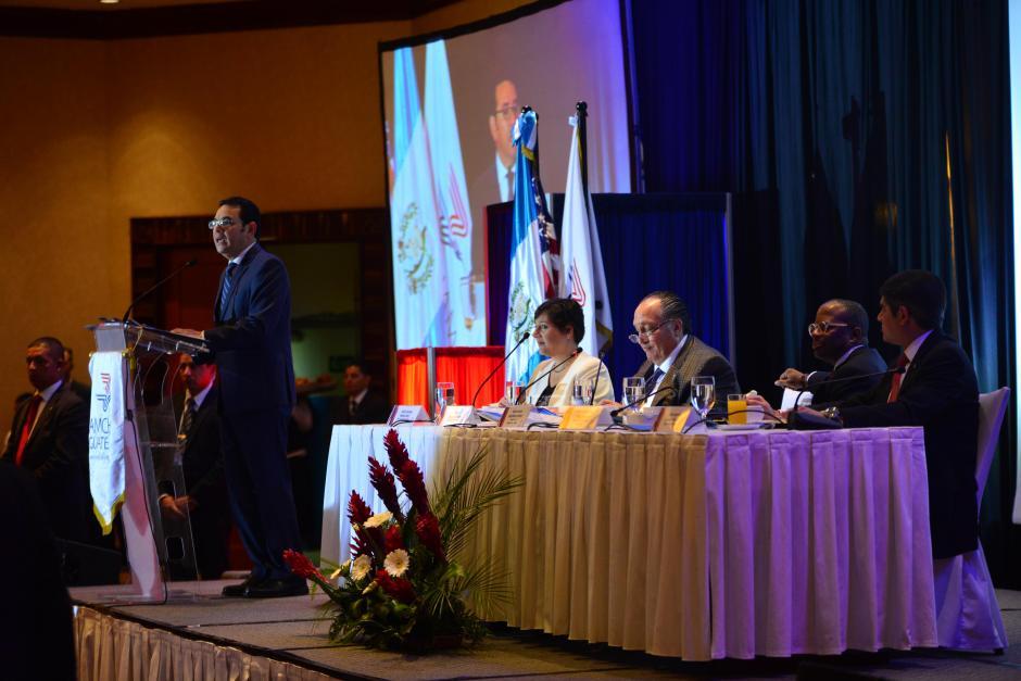 El presidente Jimmy Morales se reunió con los socios de la cámara americana este martes. (Foto: Jesús Alfonso/Soy502)