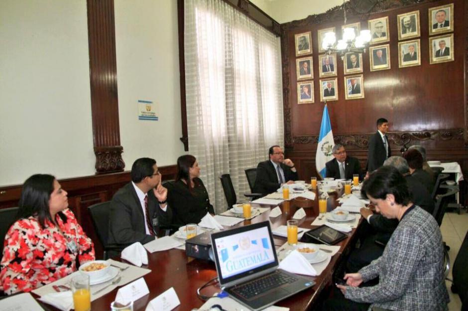 El funcionario dijo que se realizá una mesa técnica para afinar los detalles de la política. (Foto: Facebook/Jafeth Cabrera)