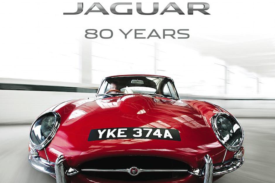 El museo Autoworld de Bruselas inaguróuna exposición para celebrar 80 años de Jaguar.