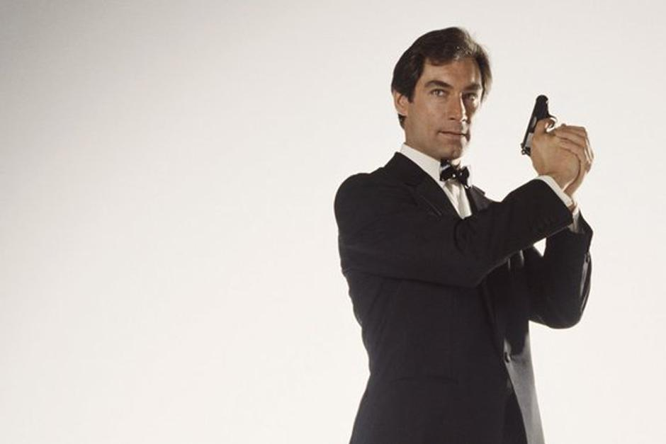 Timothy Dalton interpretó a James Bond en dos películas: The Living Daylights y en Licencia para matar.