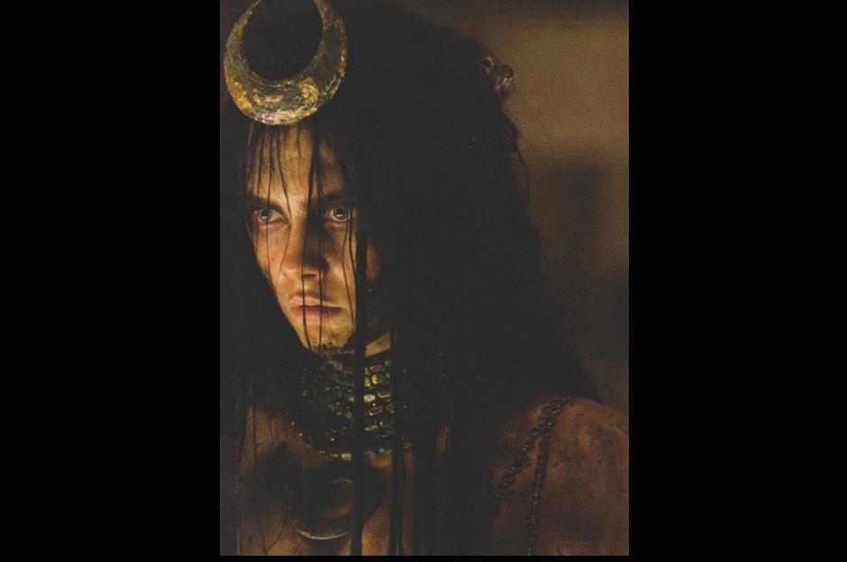 Y por si fuera poco, Empire también se hizo con dos nuevas imágenes de Cara Delevingne como Enchantres. (Foto: Empire)
