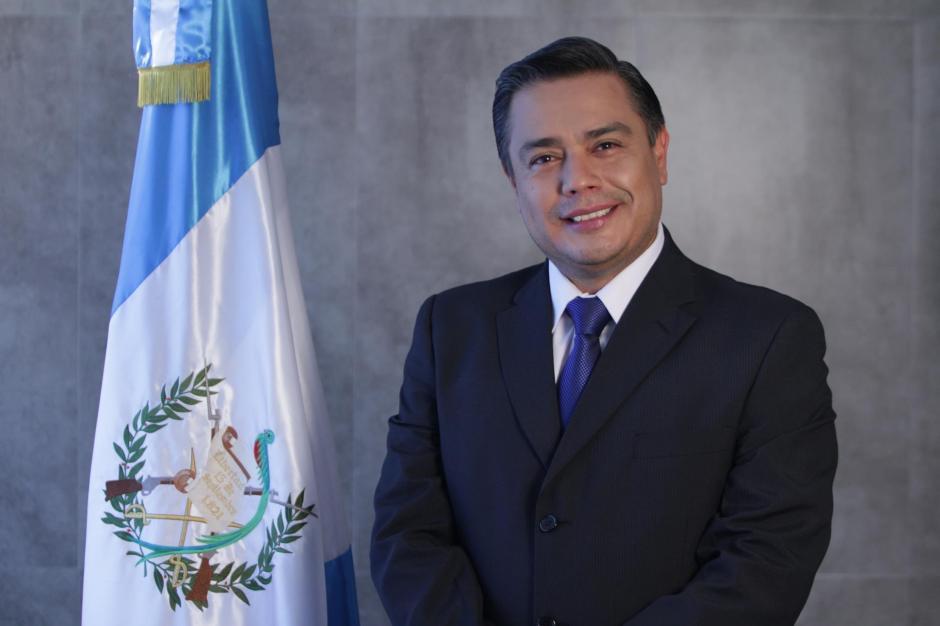 El jefe de la bancada FCN se reunió en privado con el presidente Jimmy Morales en la Casa Presidencial. (Foto: Archivo/Soy502