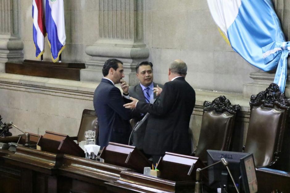 Hernández tiene prohibido acercarse a Sandoval. (Foto: Alejandro Balán/Soy502)