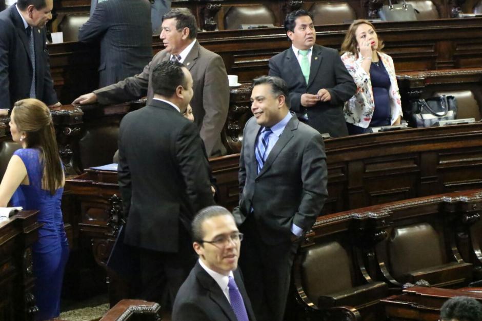 Varios legisladores de FCN no asistieron al Congreso el pasado jueves en respaldo a Hernández. (Foto: Alejandro Balán/Soy502)