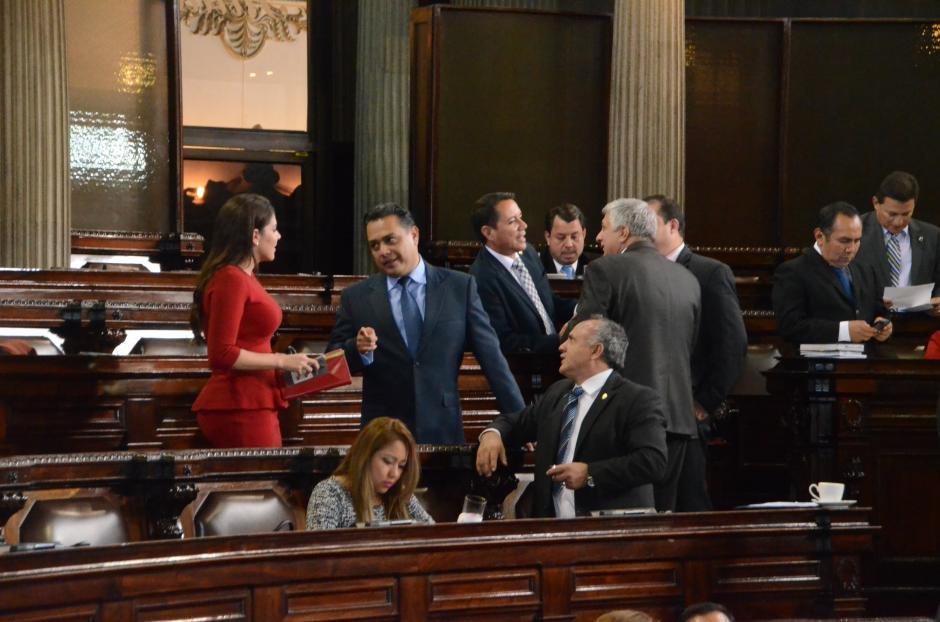 Los diputados de FCN volvieron a conversar este martes. (Foto: cortesía José Castro)