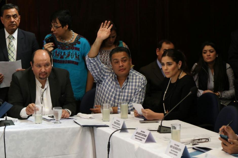 Los diputados se reunirán nuevamente este sábado. (Foto: Alejandro Balán/Soy502)