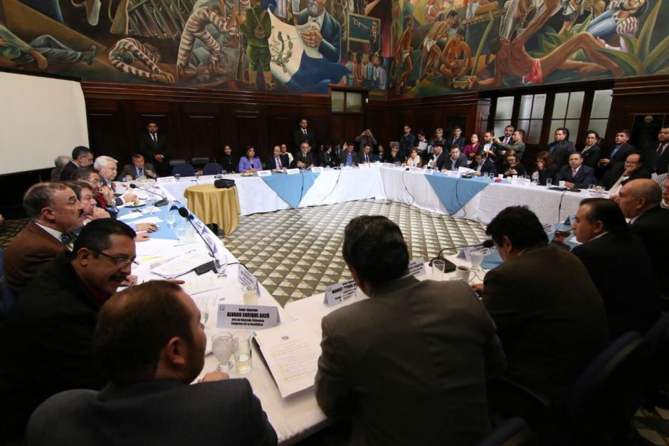Varios diputados mostraron su inconformidad a que se cambie el antejuicio. (Foto: Alejandro Balán/Soy502)