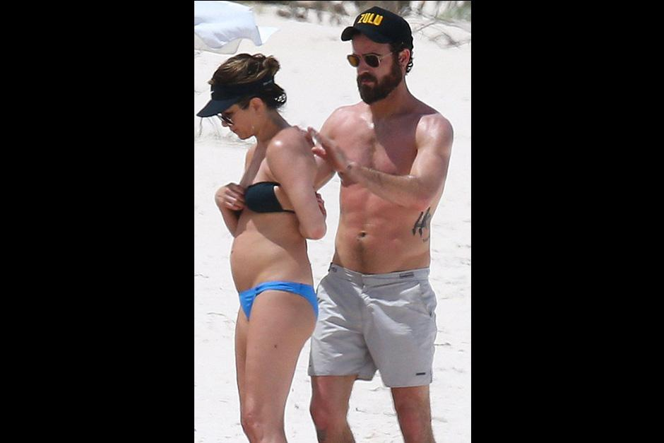 Los rumores del estado de Aniston iniciaron luego de que la pareja fuese vista en las playas de las Bahamas. (Foto: Twitter)