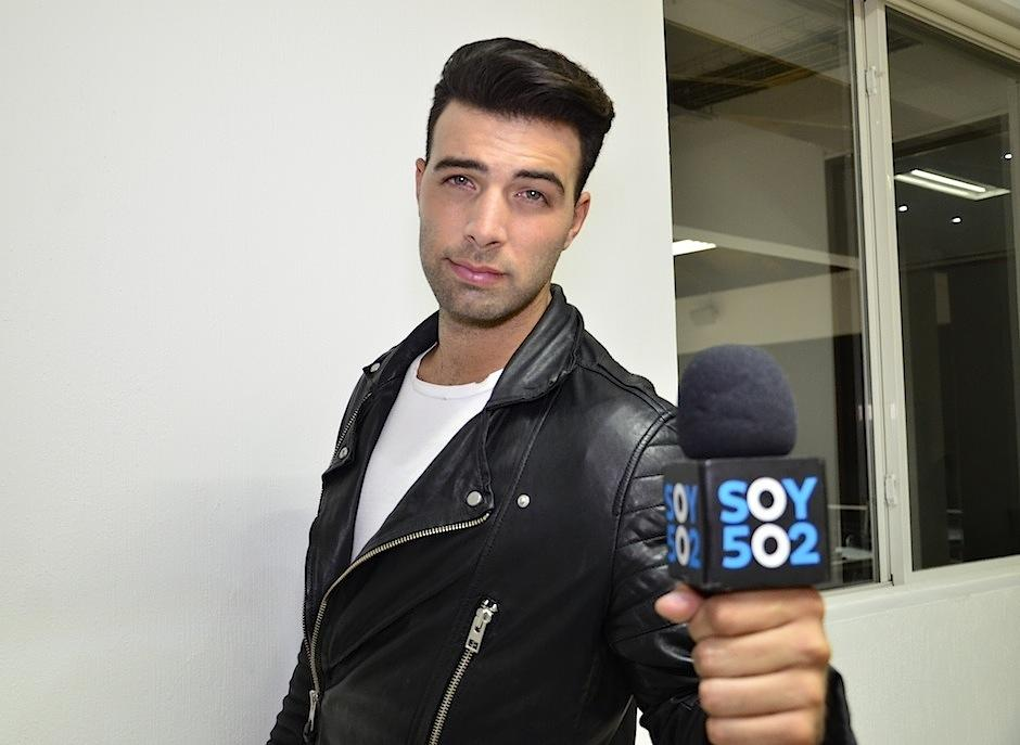 El cantante y actor estadounidense Jencarlos Canela visitó Soy502. (Foto: Selene Mejía/Soy402)