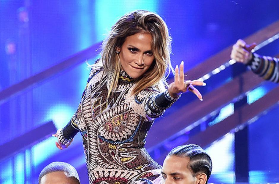 Jennifer López sorprendió a todos con un atrevido y gracioso baile