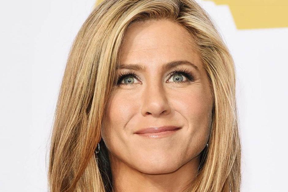 """""""La película se llama 'Christmas Office Party', la cual se estrenará el 9 de diciembre y cuya principal actriz es Jennifer Aniston. (Foto: Agencias)"""