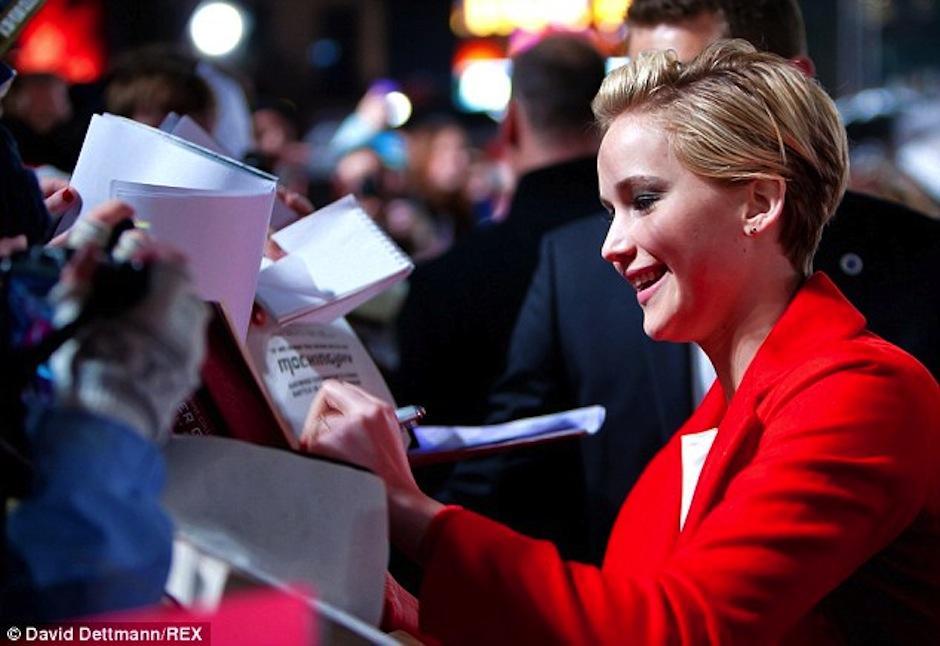 La protagonista de Los Juegos del Hambre afirma que trabaja mucho en cuidar su privacidad. (Foto: Daily Mail)