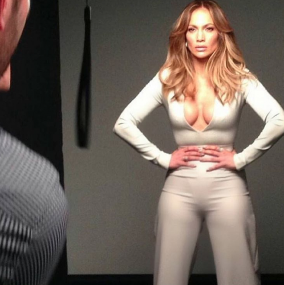 Jennifer López luce siempre un look diferente. (Foto: Jennifer Lopez/Instagram)