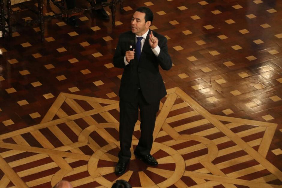 Jimmy Morales revisa cada lunes los avances de su gestión. (Foto: Alejandro Balan/Soy502)