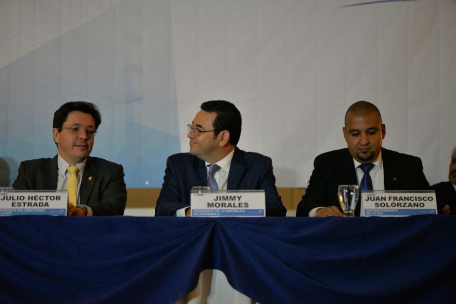 En sus declaraciones, Jimmy Morales dijo que aún no se incrementarán impuestos. (Foto: Wilder López/Soy502)