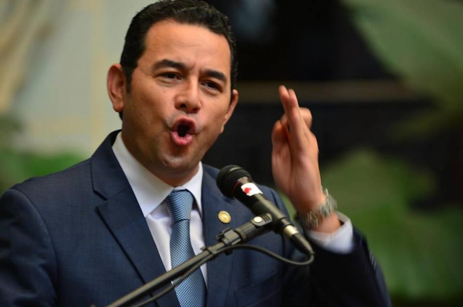 Durante su discurso dijo que en Guatemala se produce más agua y niños. (Foto: Jesús Alfonso/Soy502)
